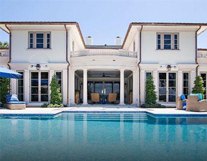 transitional Design Home Exterior