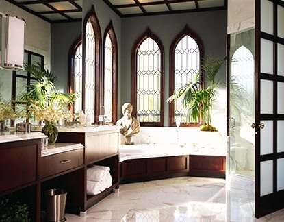 Traditional Design Venetian Bathroom